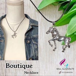 Boutique NEW - 3D detailed HORSE on leather necklace 🐴